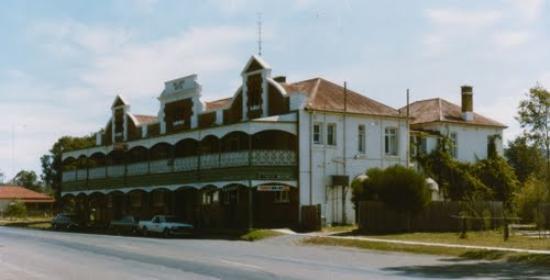Bellbird, Australien: Front building