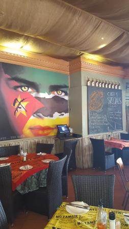 Mo-zam-bik: Murial on the one Wall inside the Restaurant