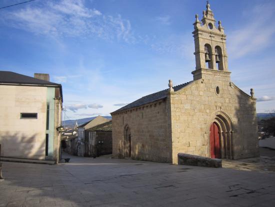Iglesia San Salvador de Sarria.