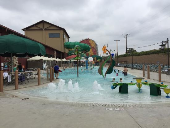 Outdoor pool with cabanas better for warmer days for Garden grove pool