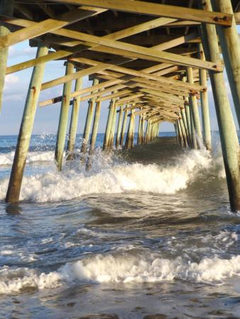 picture of bogue inlet fishing pier emerald