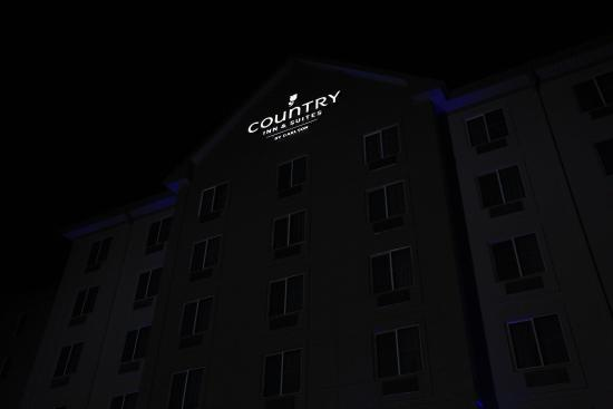Country Inn & Suites By Carlson, Nashville Airport : Checked in at night.