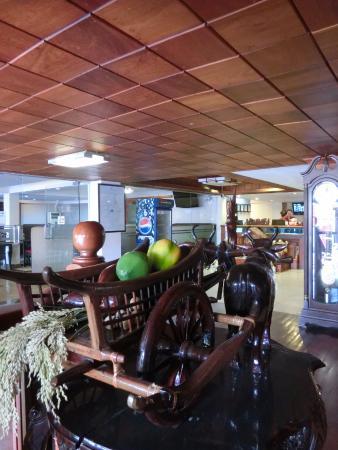 NaNa Hotel & Caffe Restaurant : Beautiful view from lobby area