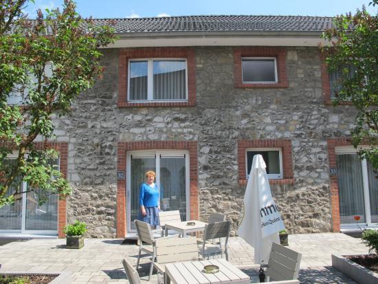 Raeren, Belgien: Chambre de plein pied donnant sur terrasse