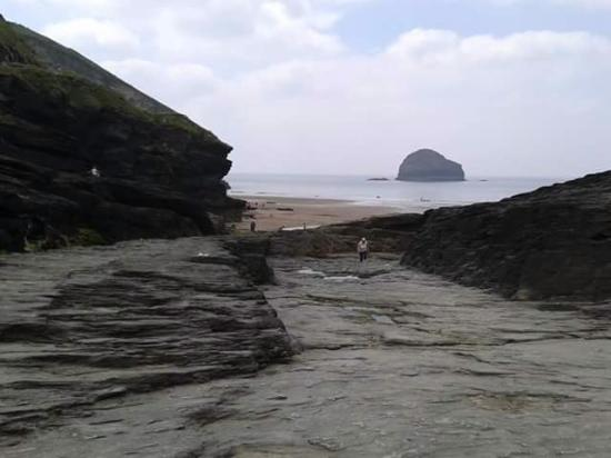Michael House: Treborwith Beach, a short hike from Michael's House