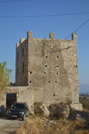 Kastraki, Greece: Oskelos Tower