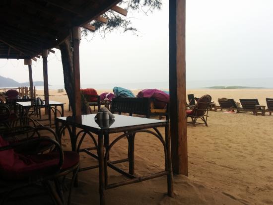 Madhu Coconut Beach Huts