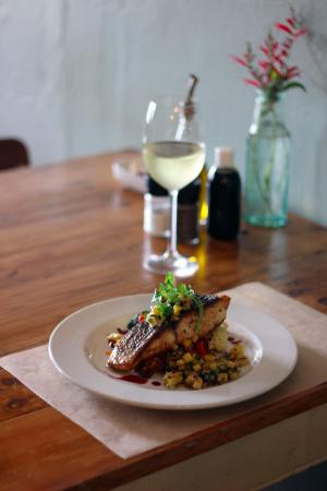 Graze Slow Food Cafe: Salmon