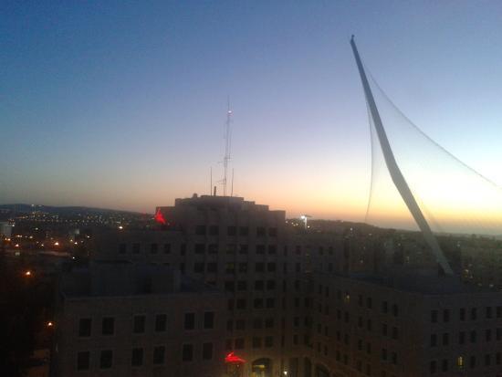 Jerusalem Gold Hotel: vista desde el decimo piso del puente de Calatrava