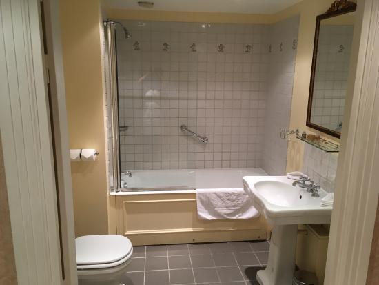 Gressy photos featured images of gressy seine et marne - Hotel seine et marne avec jacuzzi dans la chambre ...