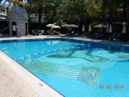 Pool 20x10 Meter Obr Zok Yetkin Club Hotel Konakli