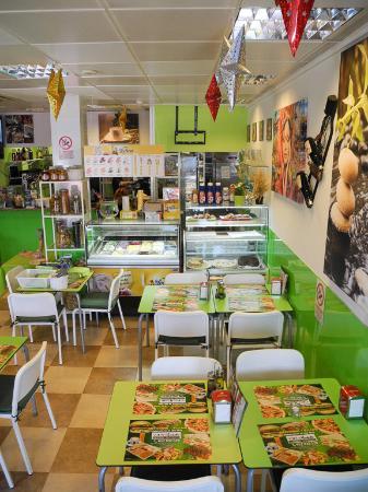 Oh! Marbella Cafeteria-Restaurant