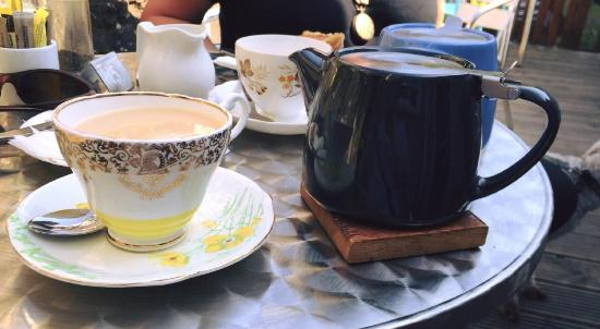 Spill The Beans Cafe: Tea and Scones