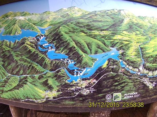 The Lower Lakes: The overall map of the Lakes.