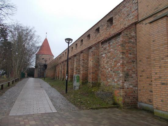 ‪Rostock City Wall‬