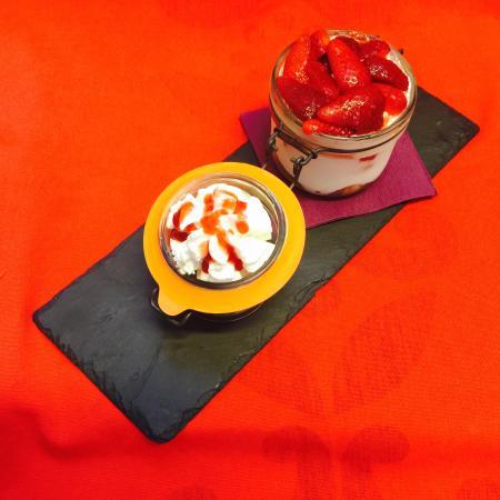 La Petite Table: Tiramisu aux fraises