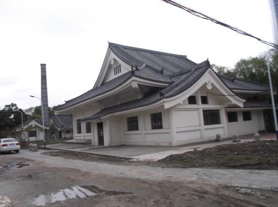 Peony Garden : 神武殿旧址(裏側)