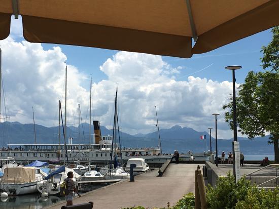 Pully, سويسرا: photo2.jpg