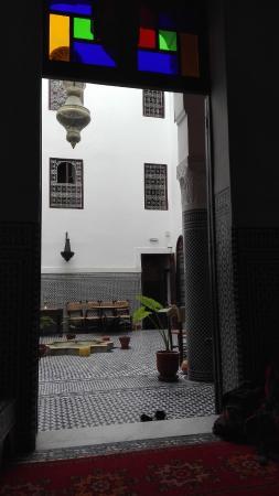 Riad Dar Tafilalet: Vistas des de uno de los salones