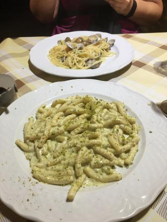 Homemade Pasta With Pistachio Cream Sauce Picture Of La