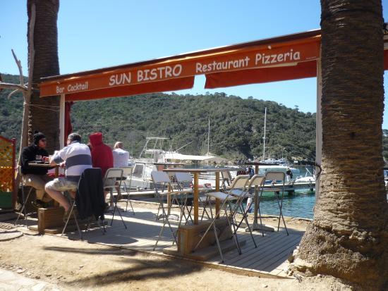 Sun Bistro Sun Plongée: Blick auf die Bucht