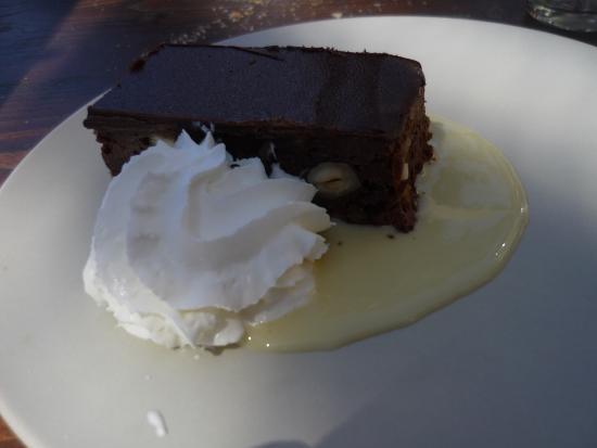 Sun Bistro Sun Plongée: Dessert: Schokoladenkuchen
