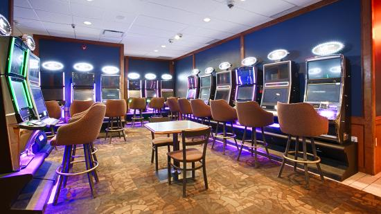 BEST WESTERN Airdrie: Gaming Facility