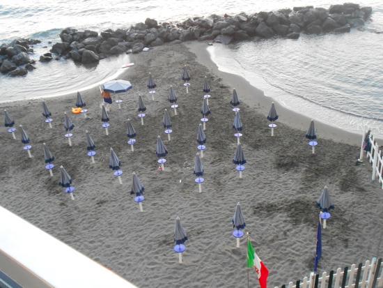 Hotel Giosue a Mare: Spiaggetta privata dell'Hotel