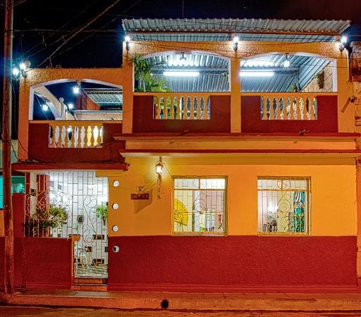 Casa Riki's Hostal