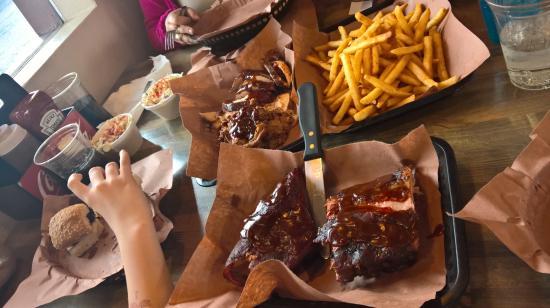 Hickory's Smokehouse BBQ : mmmmmm