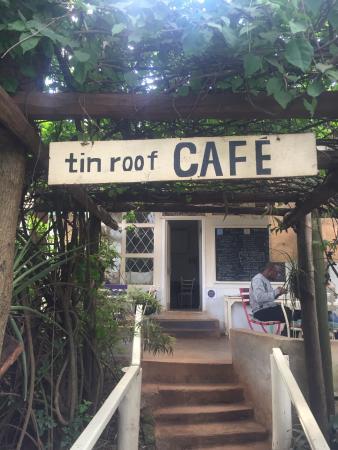 Tin Roof Cafe: photo0.jpg