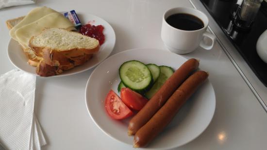 Apollon: Breakfast