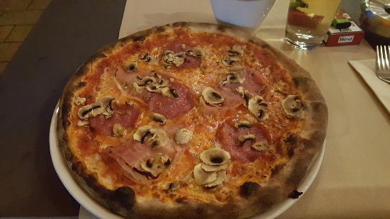 I Trulli Ristorante Pizzeria: IMG-20160607-WA0018_large.jpg