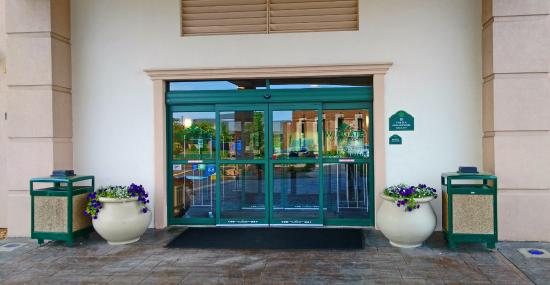 Wingate by Wyndham Tinley Park: Entrance