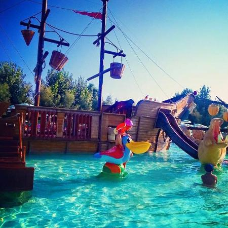 Isola Verde AcquaPark (Pontecagnano Faiano) - 2018 All You Need to ...
