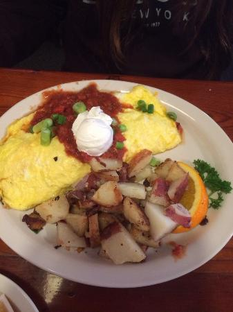 Morning Thunder Cafe: California Omelette with Salsa