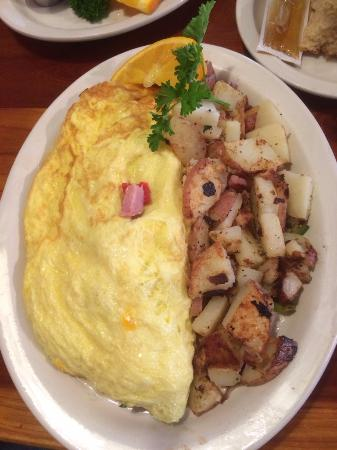 Morning Thunder Cafe: Denver Omelette