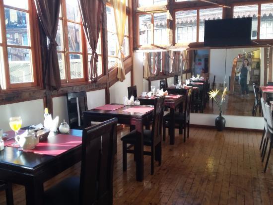 Hotel Da Vinci Valparaiso: Área do café da manhã
