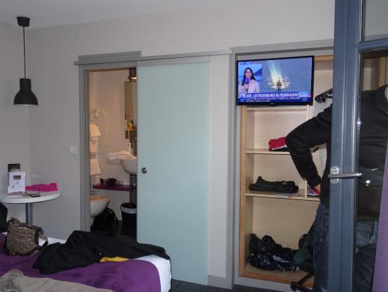 hotel du chateau petite chambre inverse du commentaire de imaclaire du 0604