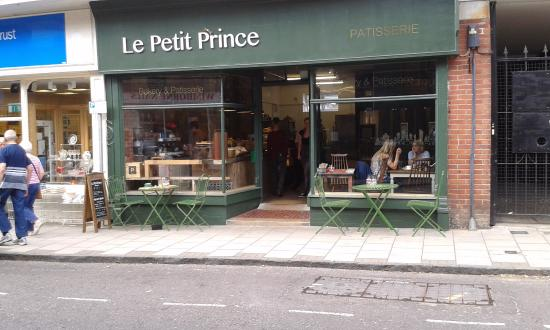 Le Petit Prince Patisserie: Front facade