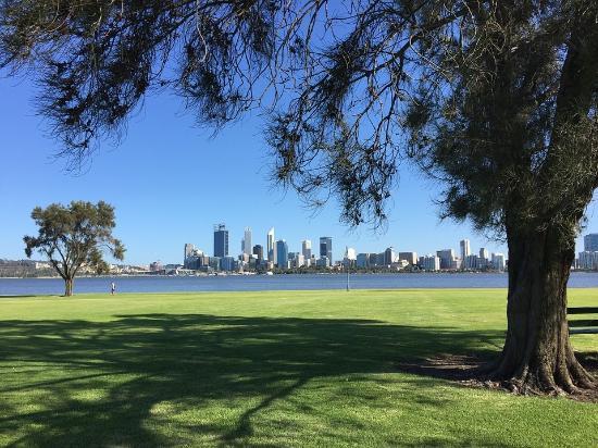 Swan Tours: Perth & Fremantle Tour