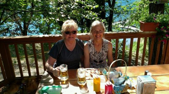Sun Cove Resort: Lunch on the patio