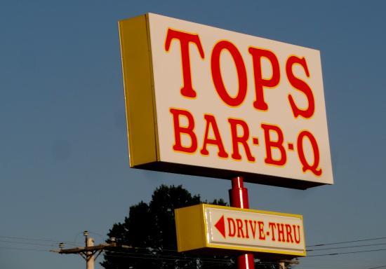 Tops Bar B Q   Macon Rd: Tops BBQ