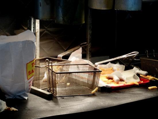 Tops Bar B Q   Macon Rd: Tops Bar BQ French Fry Station