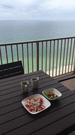 Gulf Crest: We loved eating breakfast and enjoying the view!