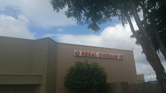 Regal Cinemas Windward Stadium 10