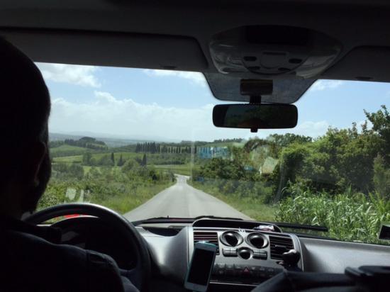 Castiglion Fiorentino, İtalya: On the road with Manu.
