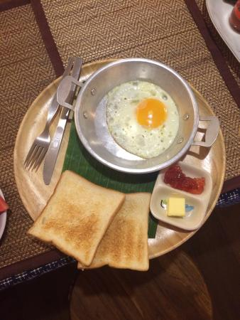 Rustic Guesthouse: Breakfast