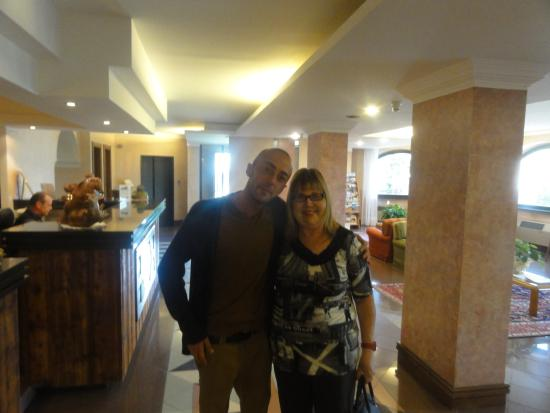 Hotel Diana : with the young manager