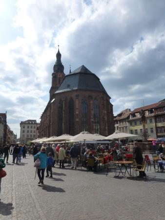 Ritterstube: Heiliggeistkirche tegenover Hotel en Restaurant Ritter
